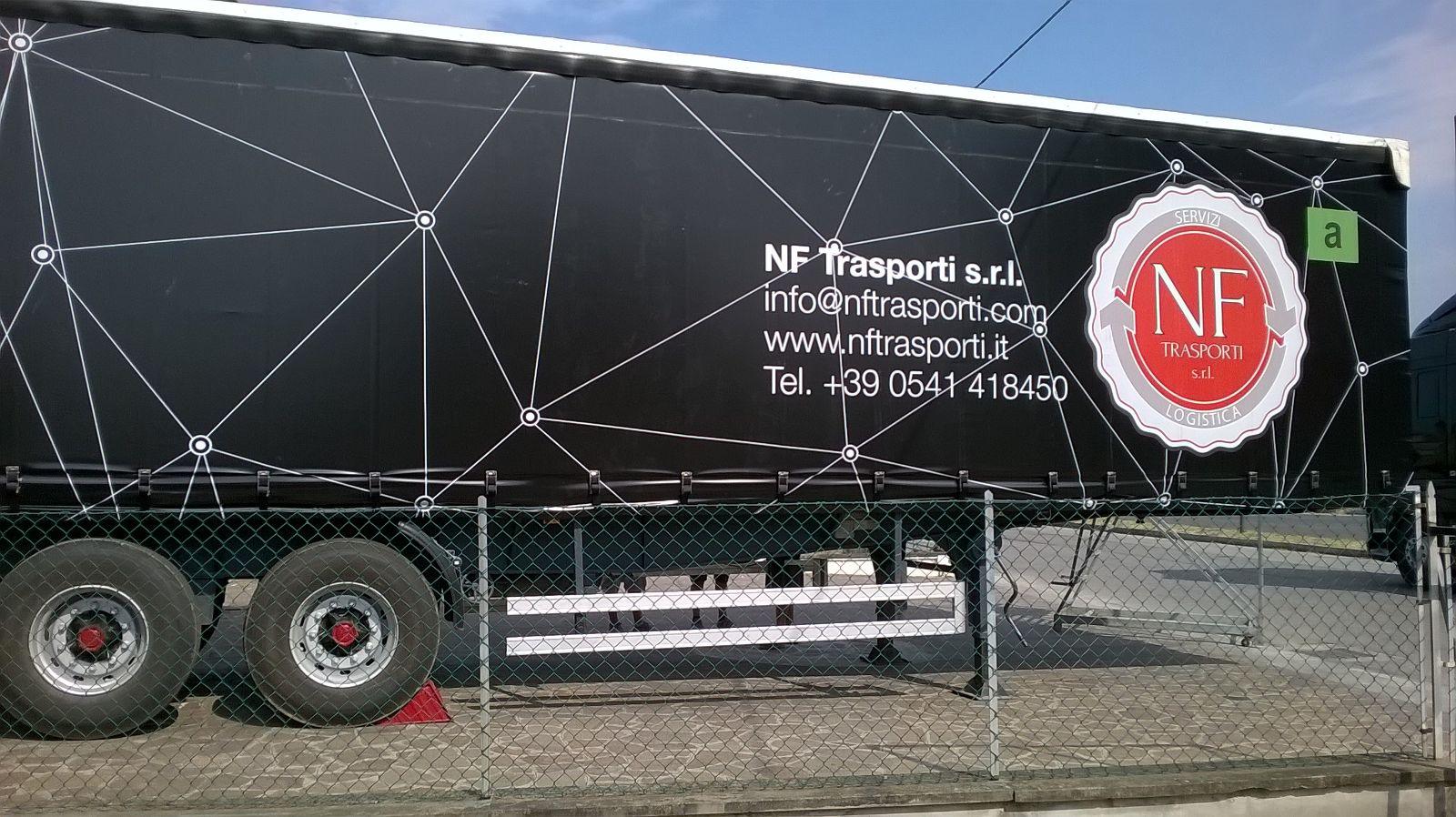TEli camion
